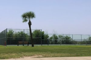 Tiki Island tennis courts